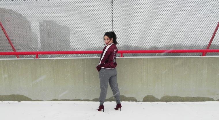 blog_sweats-heels_behind-view_fence