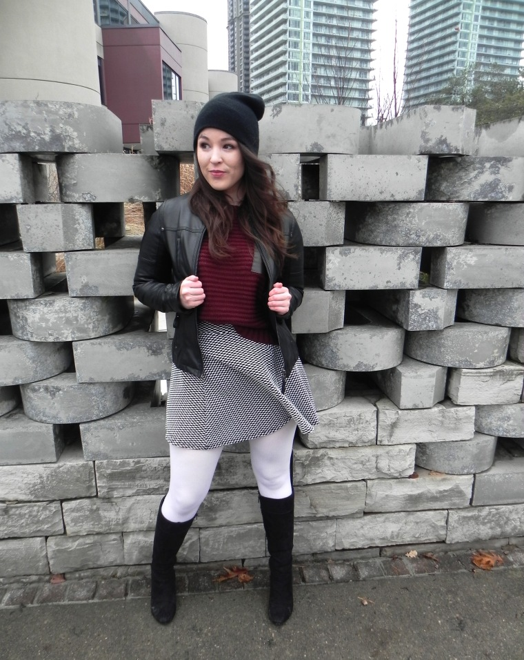 blog_thrifted-outfit_stone-wall_1